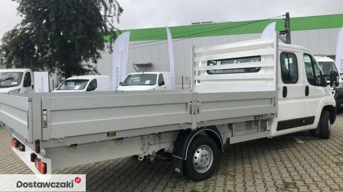 Peugeot Boxer gotowy , skrzynia 4metry 2