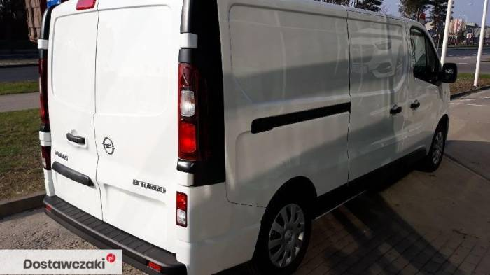 Opel Vivaro Edition Extra Long 125 KM 4