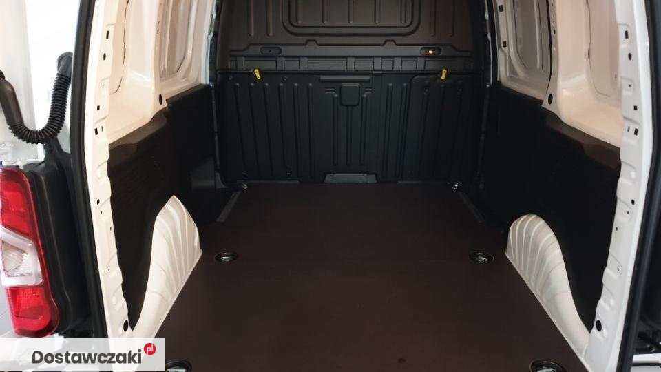 Peugeot Nowy Partner Furgon Premium Standard 1000 1.5 BlueHDi 100KM VAN OF THE YEAR 2019 4