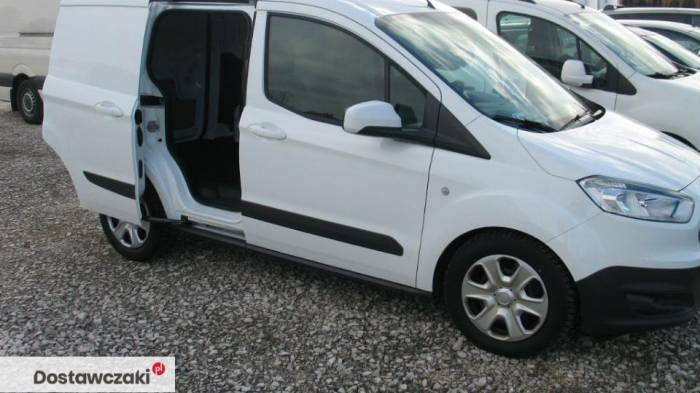 Ford Transit Courier 1.5 TDCI 95 KM MT5 (42.900zł Brutto) 11