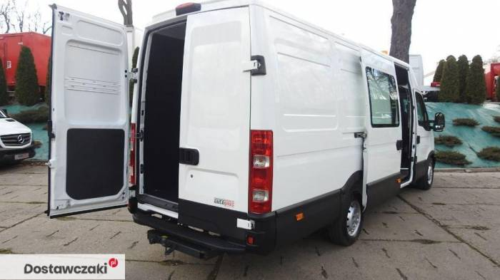 Iveco DAILY 35S17 FURGON BRYGADOWY 7 MIEJSC Tempomat 3