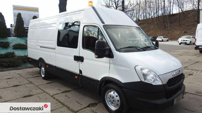 Iveco DAILY 35S17 FURGON BRYGADOWY 7 MIEJSC Tempomat 4