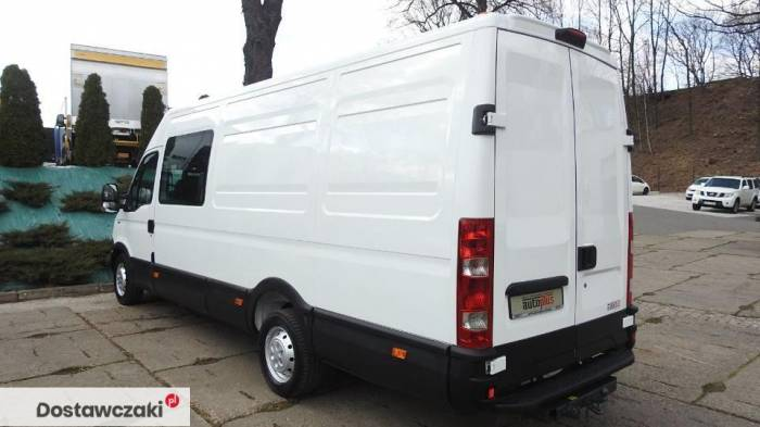 Iveco DAILY 35S17 FURGON BRYGADOWY 7 MIEJSC Tempomat 9