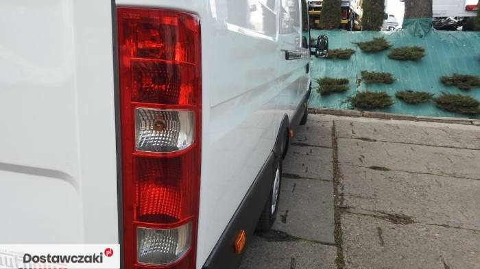 Iveco DAILY 35S17 FURGON BRYGADOWY 7 MIEJSC Tempomat 16